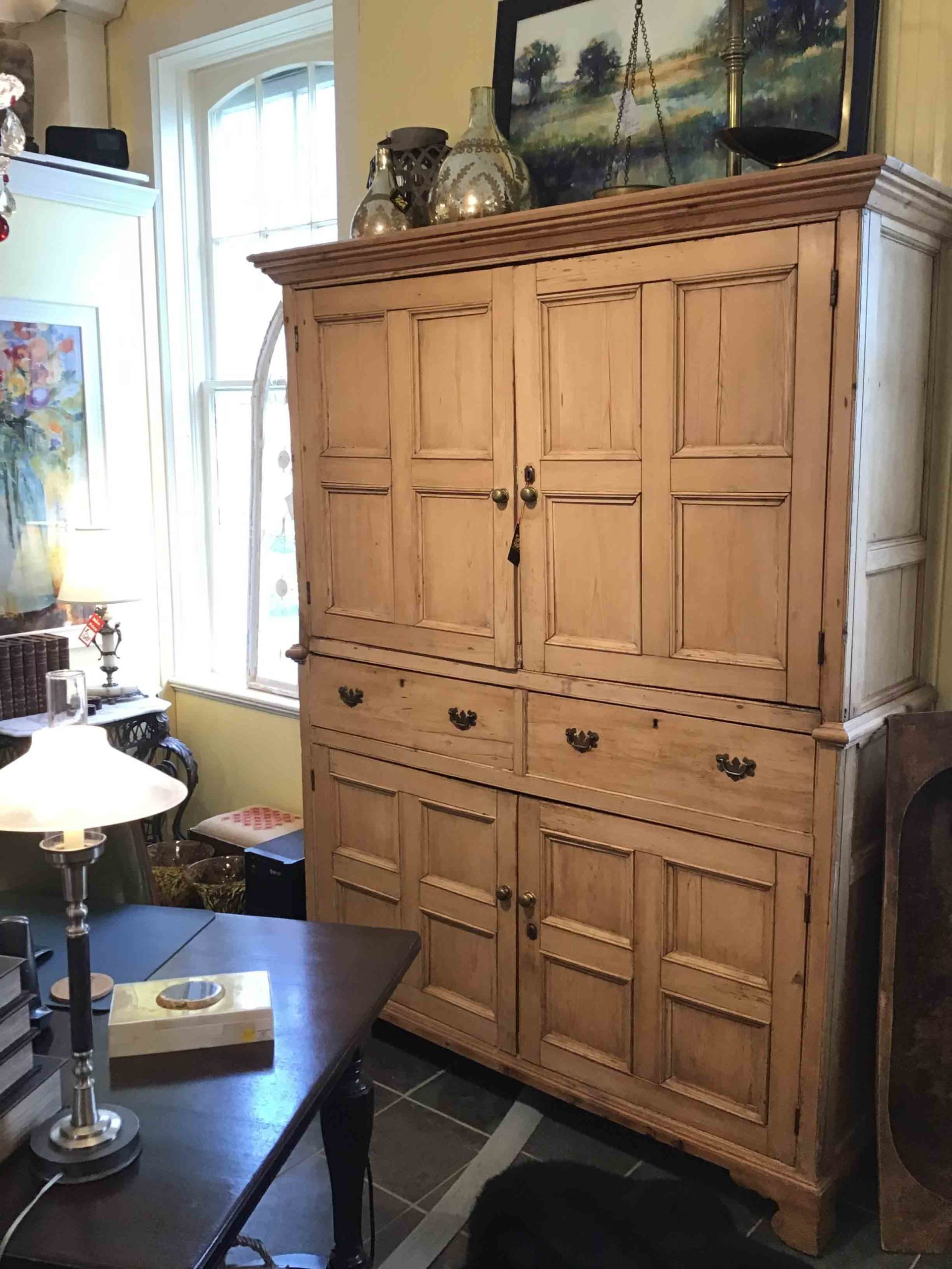 Great Finds and Design Antiques Pewaukee WI (1)